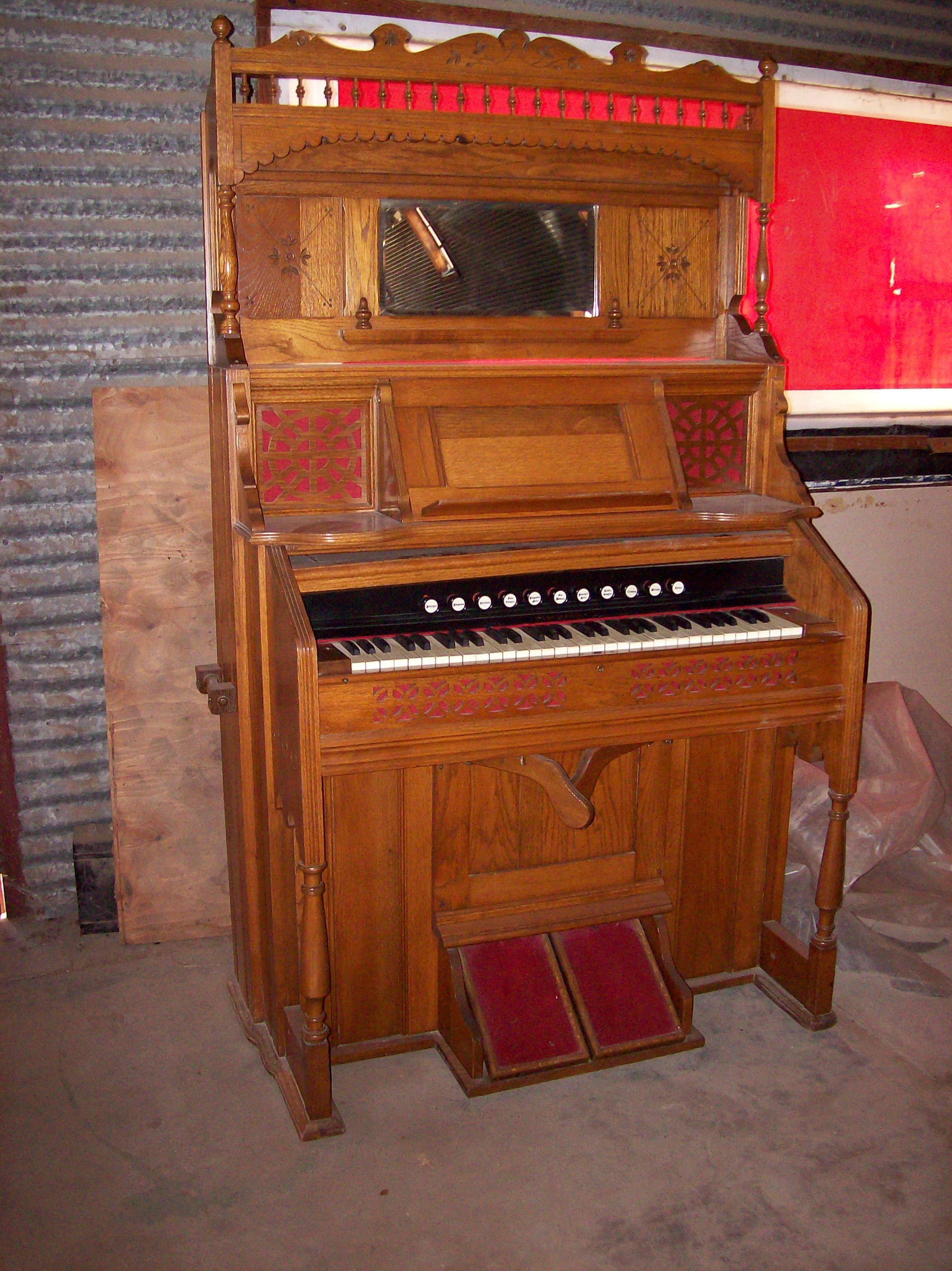 Kimball Victorian Furniture Beckwith+Pump+Organ+1905 Kimball Organ Co.